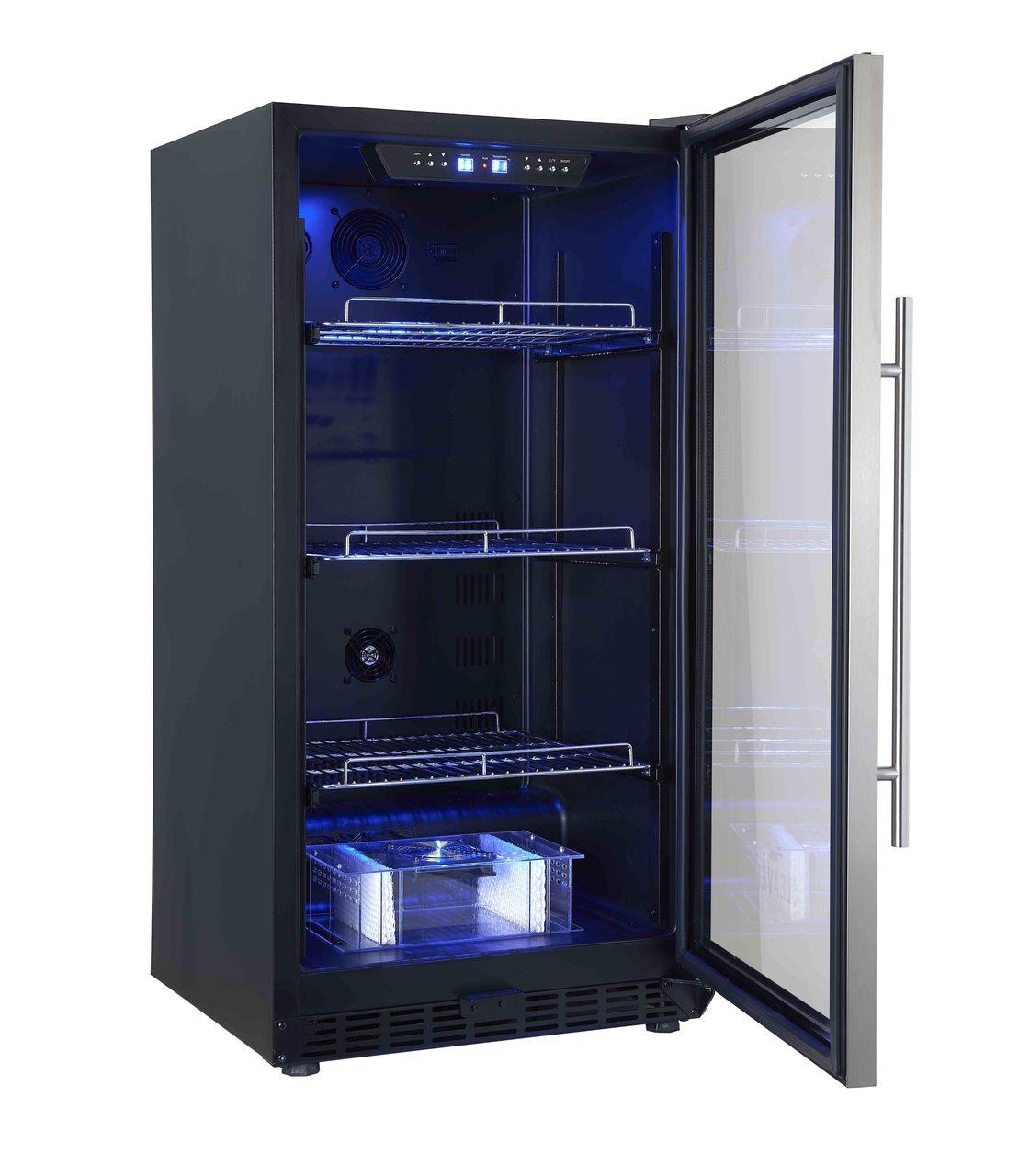 products The Weaner Door Open 28307.1566539133.1280.1280